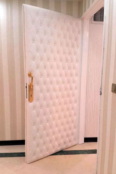 آکوستیک درب های اداری
